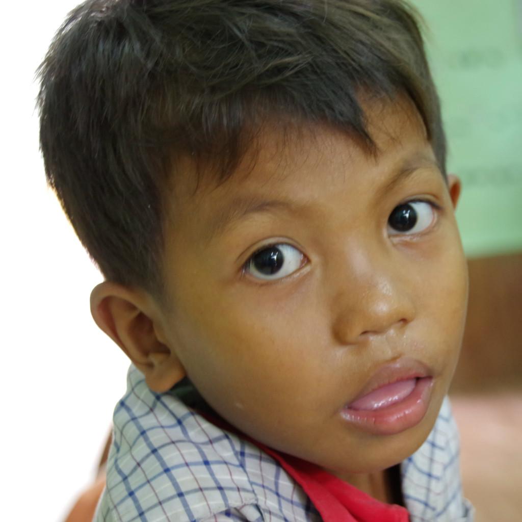 July 14, 2015Cambodian Children_IMG9881_