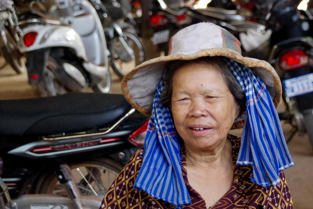 July 15, 2015Cambodian Women_IMG0152_