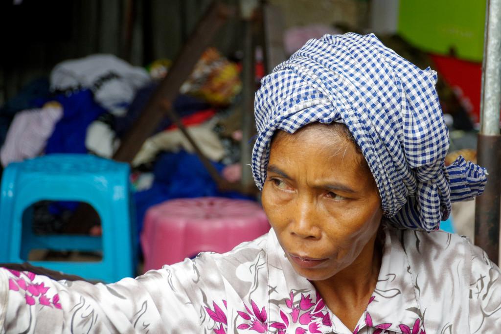 July 20, 2015Cambodian Women_IMG2545_