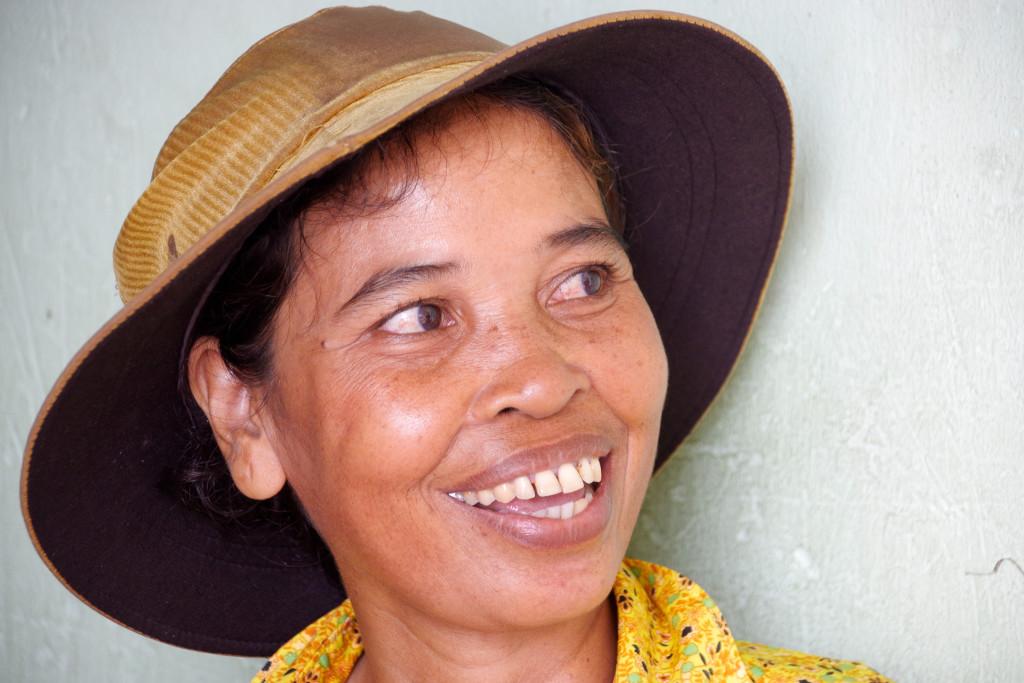 July 20, 2015Cambodian Women_IMG2808_
