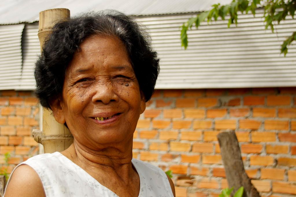 July 21, 2015Cambodian Women_IMG3275_