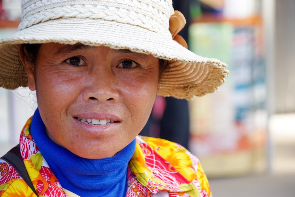 July 24, 2015Cambodian Women_IMG5112_