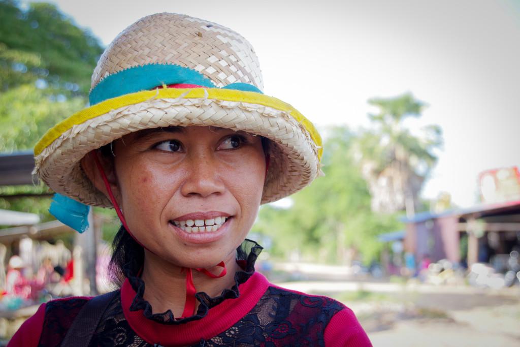 July 24, 2015Cambodian Women_IMG5172_